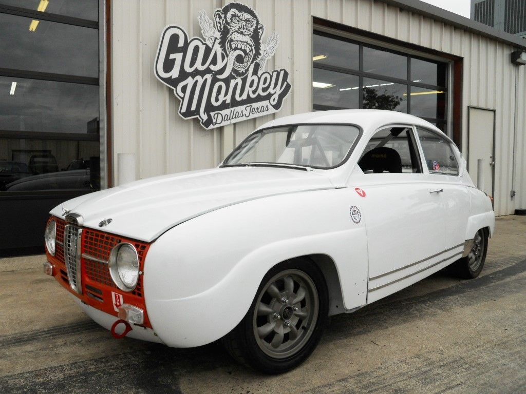 Gas monkey garage saab two stroke 1967 96 sport for Garage saab lyon