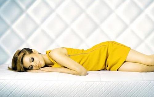 Manfaat Tidur Tanpa Bantal Bagi Kesehatan