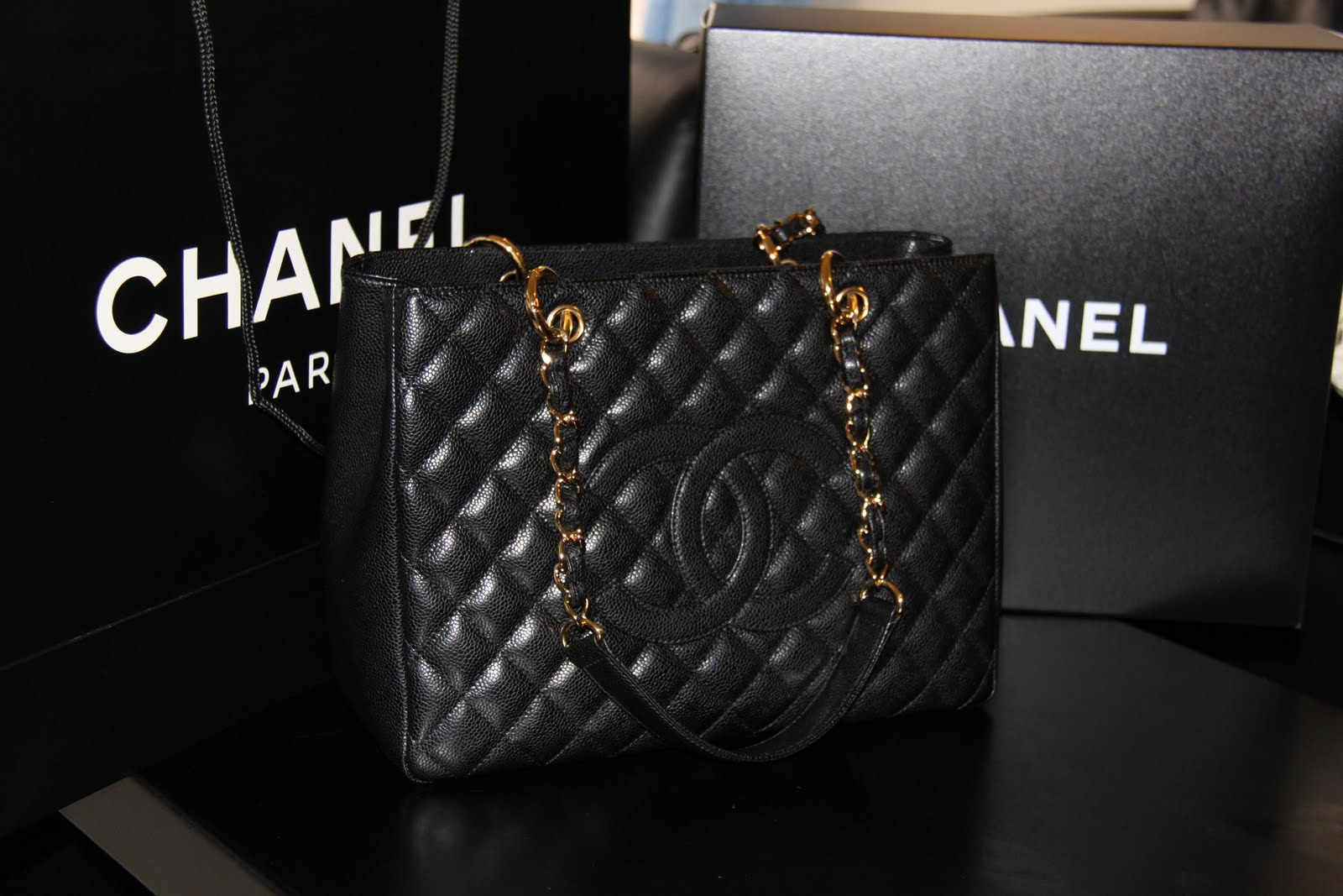 Marivi Closet Chanel GST