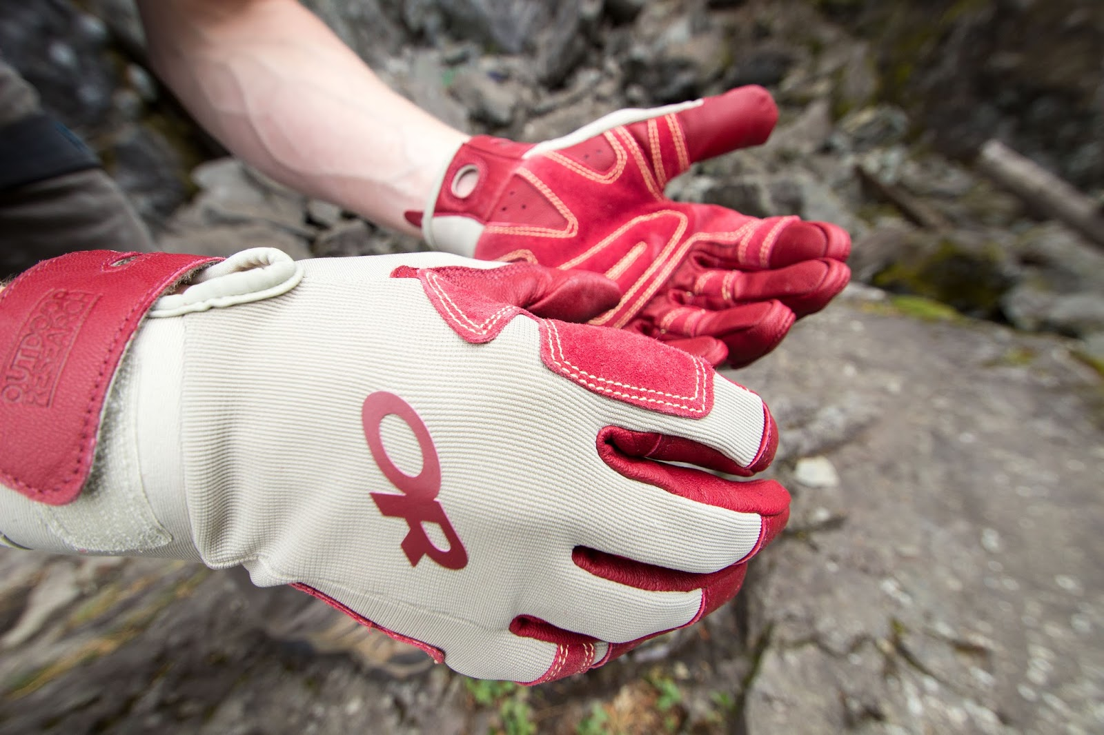 Very mens gloves - The Backside Of The Gloves Are Thin And Flexible To Allow For A Very Comfortable Fit