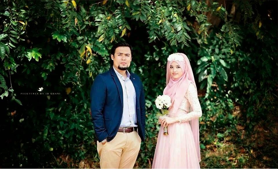 Foto pertunangan Dr Fatin Liyana - Dr Anwar Fazal