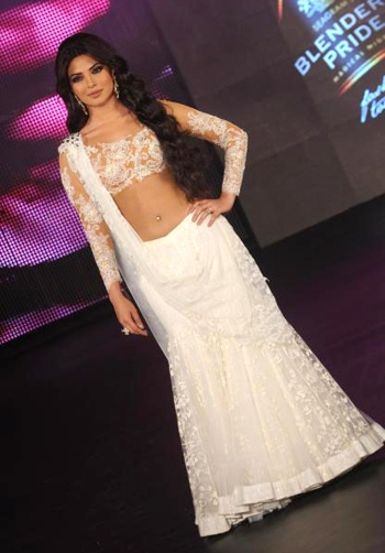 priyanka chopra dazzles at the blenders pride fashion tour