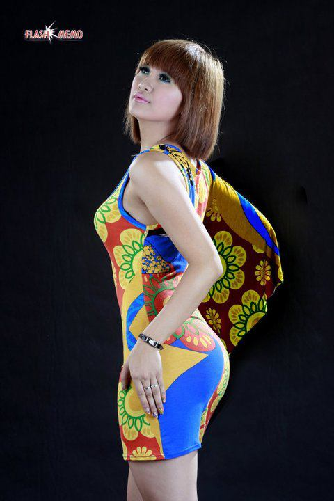 Posted In Cute Myanmar Models , Jenny , Myanmar Singers | 5comments |