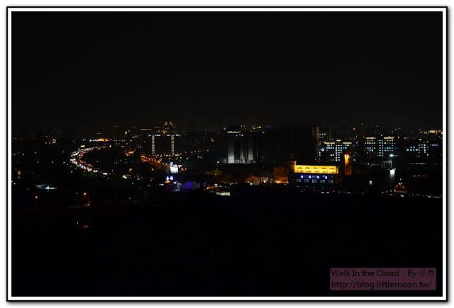 大東山景觀咖啡館夜景