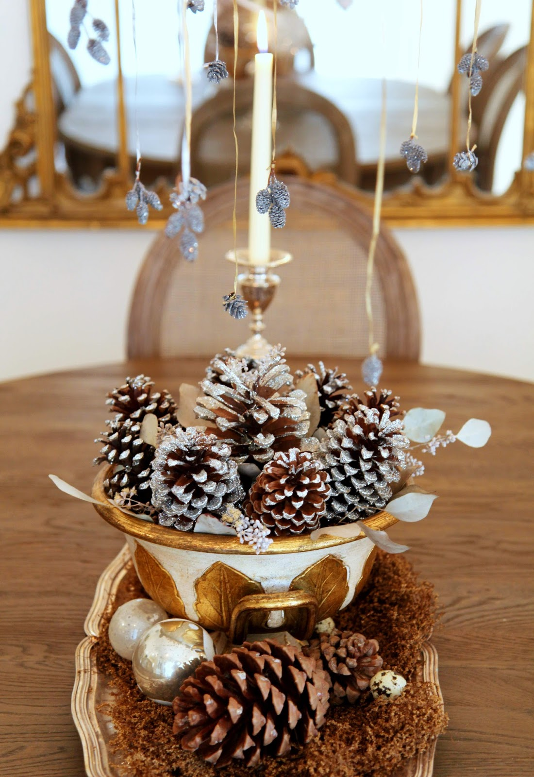 Christmas-Dining-Table-Display