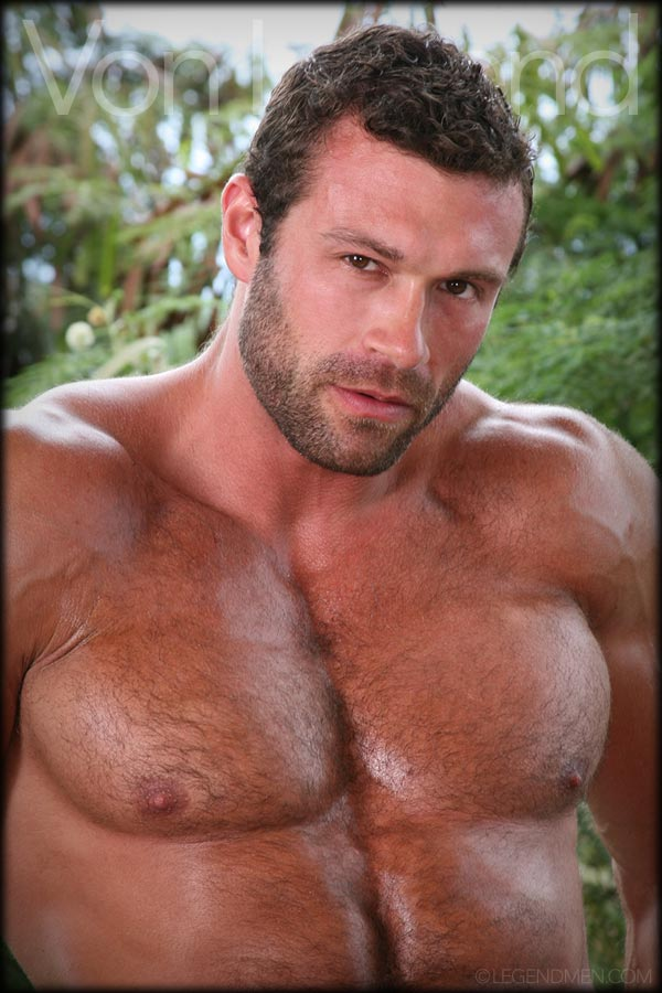 Matt-Davis-Von-Legend-Perfect-Ten-Bodybu