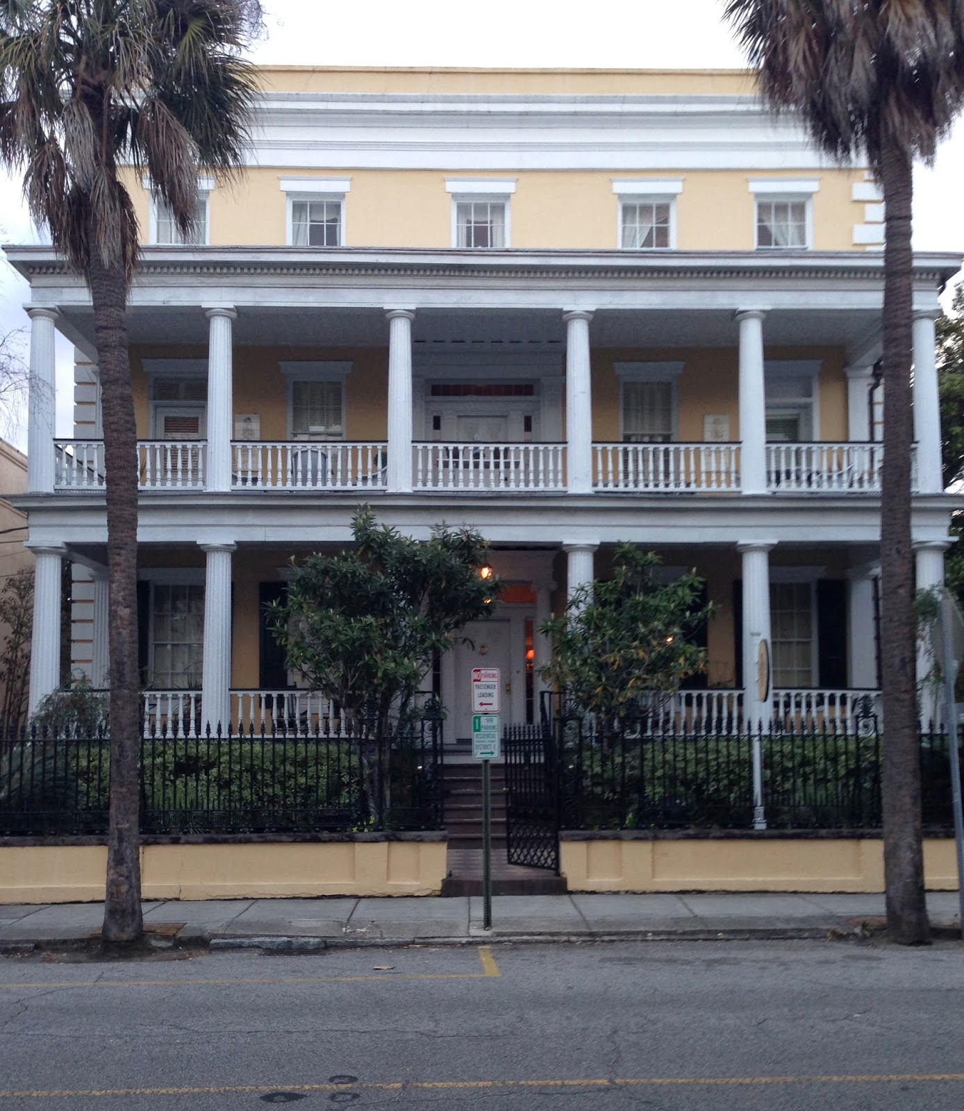 Designing Domesticity 26 Hours In Charleston