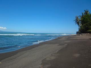 Tempat Wisata Pantai Cucukan Gianyar Bali