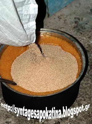 αυθεντικό παστέλι με σουσάμι http://syntagesapokatina.blogspot.gr