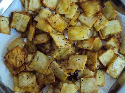 Banaras ka khana peppery yam chips fasting food for Cuisine meaning in hindi