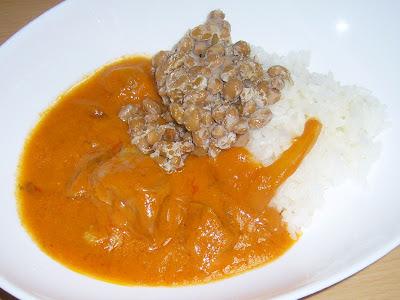 納豆にいなばチキンとインドカレー〔バターチキン〕カレーライス
