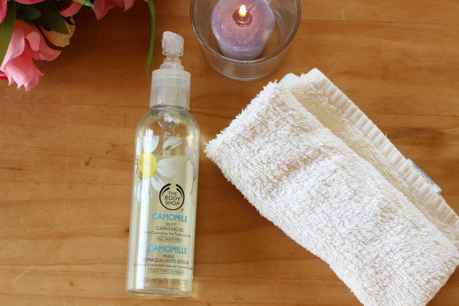 a cleansing oil for makeup removing
