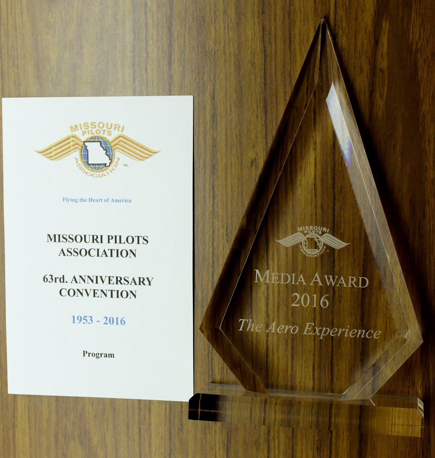 The Aero Experience Receives the 2016 Missouri Pilots Association Media Award