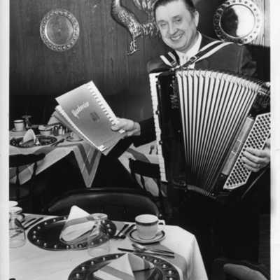 from the vaults frankie yankovic born 28 july 1915