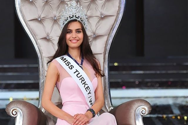 """بالصور: تعرّف على ملكة جمال تركيا التي ينوي لاعب """"آرسنال"""" الارتباط بها"""