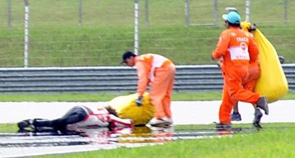 Marco Simoncelli Meninggal Dalam Kecelakaan MotoGP di Sepang