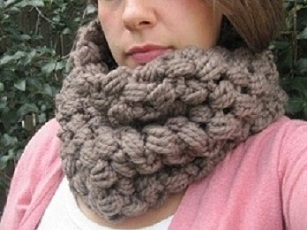 knitnscribble.com: Chunky cowls, big scarf patterns with ...