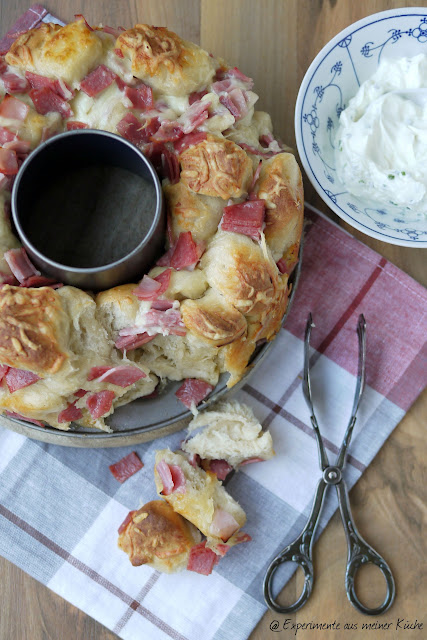 Experimente aus meiner Küche: Pizzabrötchenkranz #breadbakingfriday