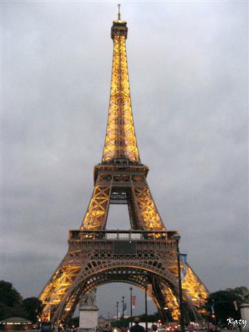 Ciudadana del mundo paris for Creador de la torre eiffel