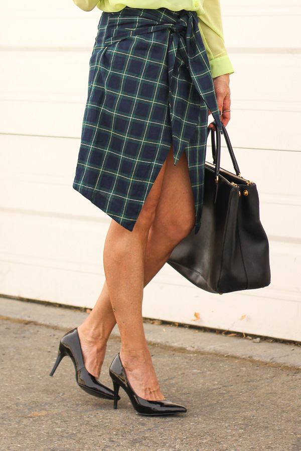 tie front wrap skirt green plaid parlor girl