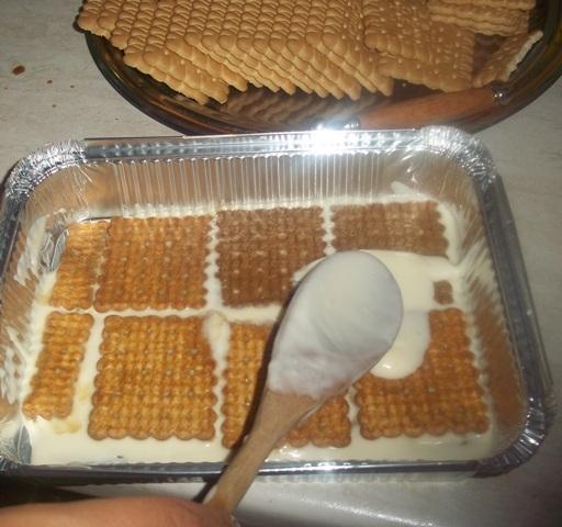 Dolci con i biscotti wafer