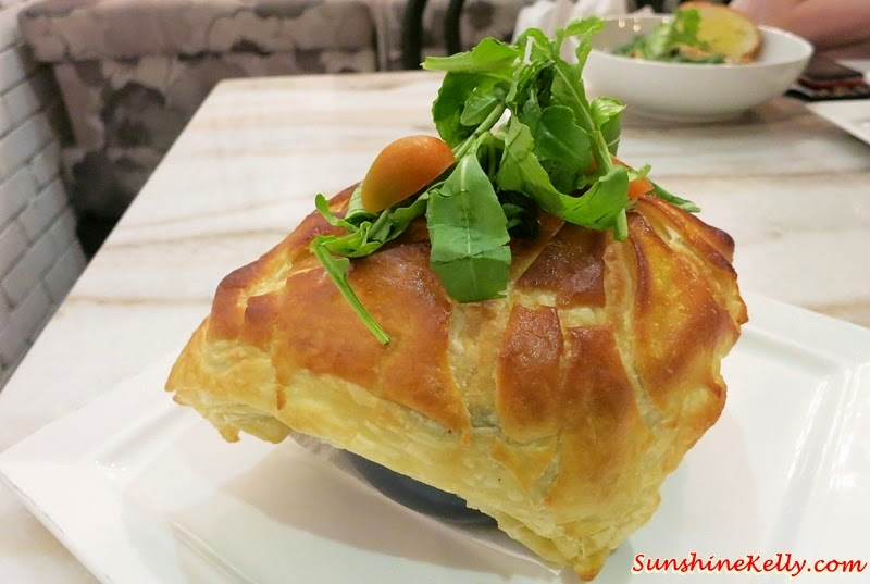 Chicken & Mushroom Pie, Baci Italian Cafe, Citta Mall, Italian Cafe, Coffee, Cafe Food, Italian Food