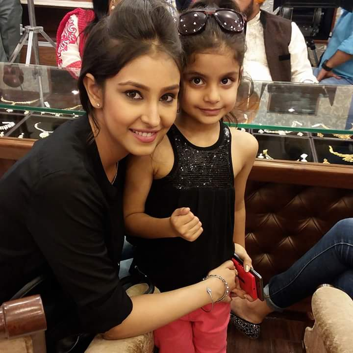 Navneet Kaur Dhillon With Baby Pic