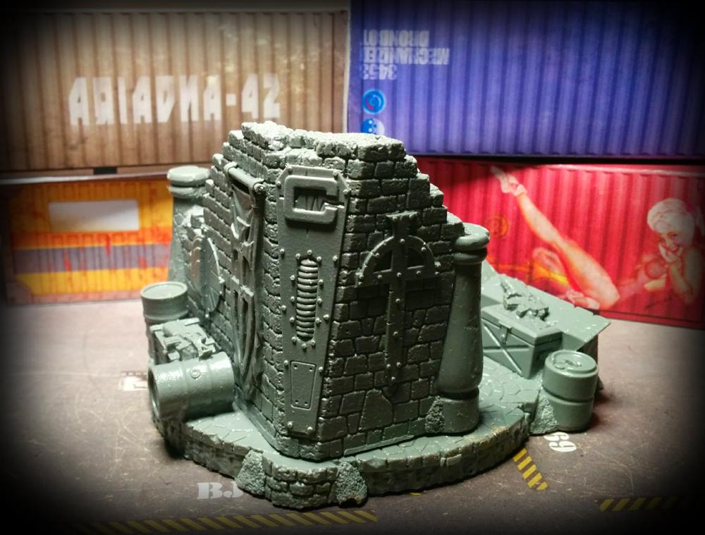 Warzone - diorama - left