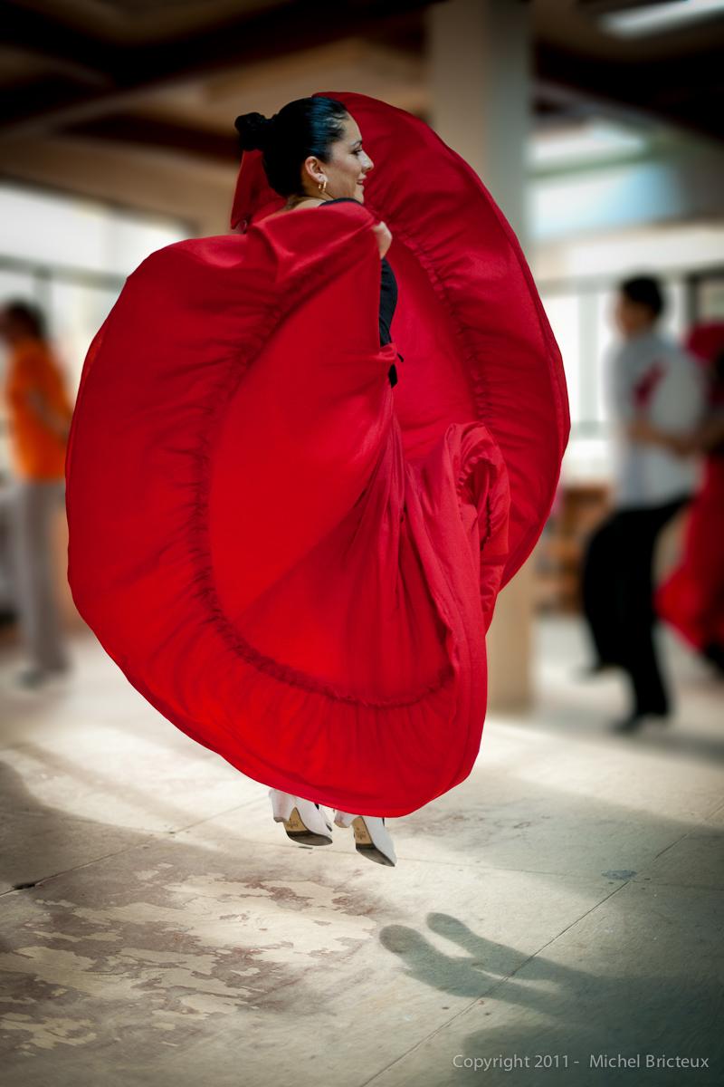 RED : Danzas Mexicanas - Centro Amor de Dios (Madrid)