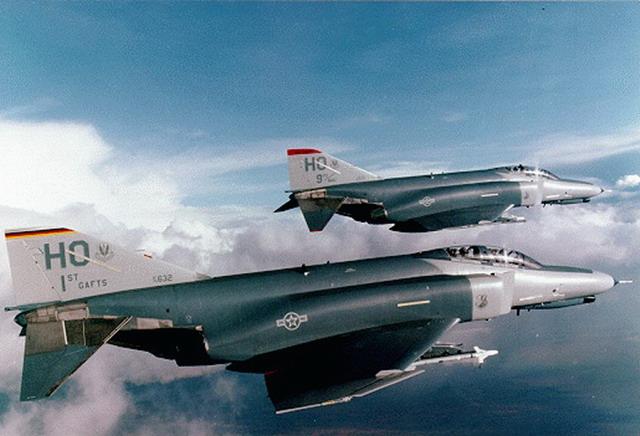 Cool Jet Airlines: McDonnell-Douglas F-4 Phantom II