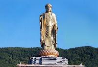 Statue Bouddha du temple du Printemps