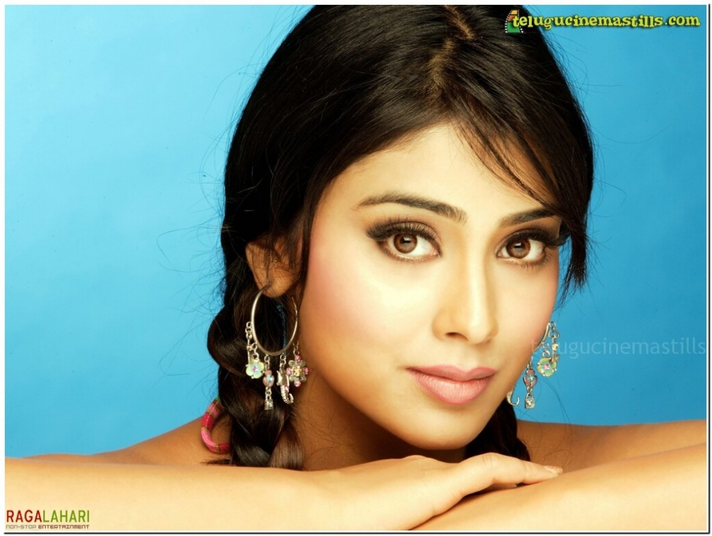 http://1.bp.blogspot.com/-3hD7hpBxvaM/T4u-Hh_FDLI/AAAAAAAAM_8/kr_58I9WGNQ/s1600/Best-Shriya-Saran-Wallpapers-4.jpg