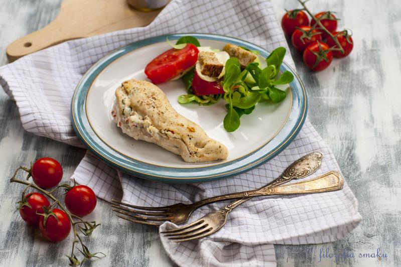 Piersi z kurczaka z ricottą i ziołami