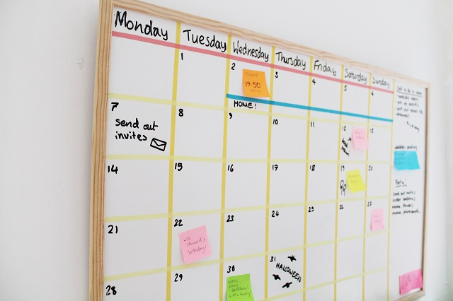Diy white board calendar solutioingenieria Image collections