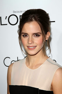 Many envy the full eyebrows of stars  like Emma Watson.