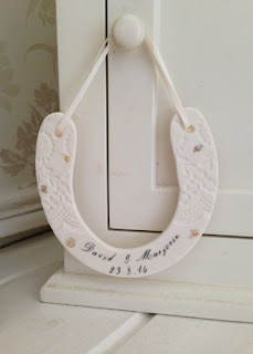 http://www.amanda-mercer.co.uk/personalised-just-for-you-x/personalised-horse-shoe-decoration
