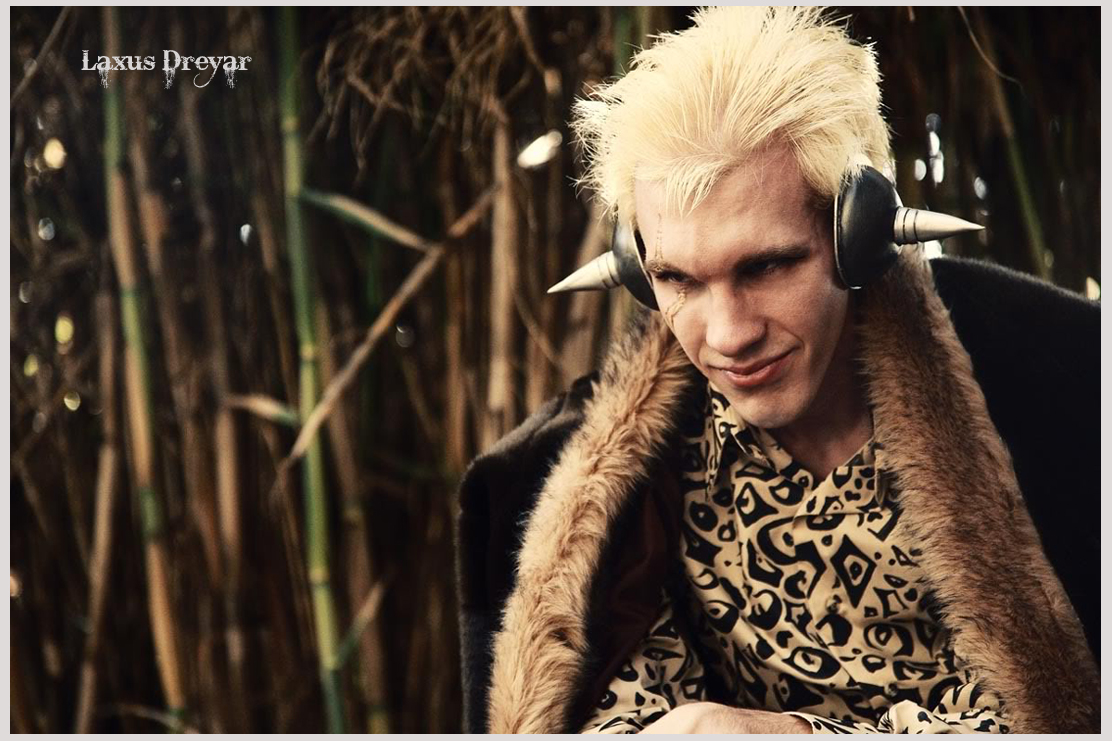 Fairy Tail Cosplay: Stunning Laxus Dreyar Cosplay ...