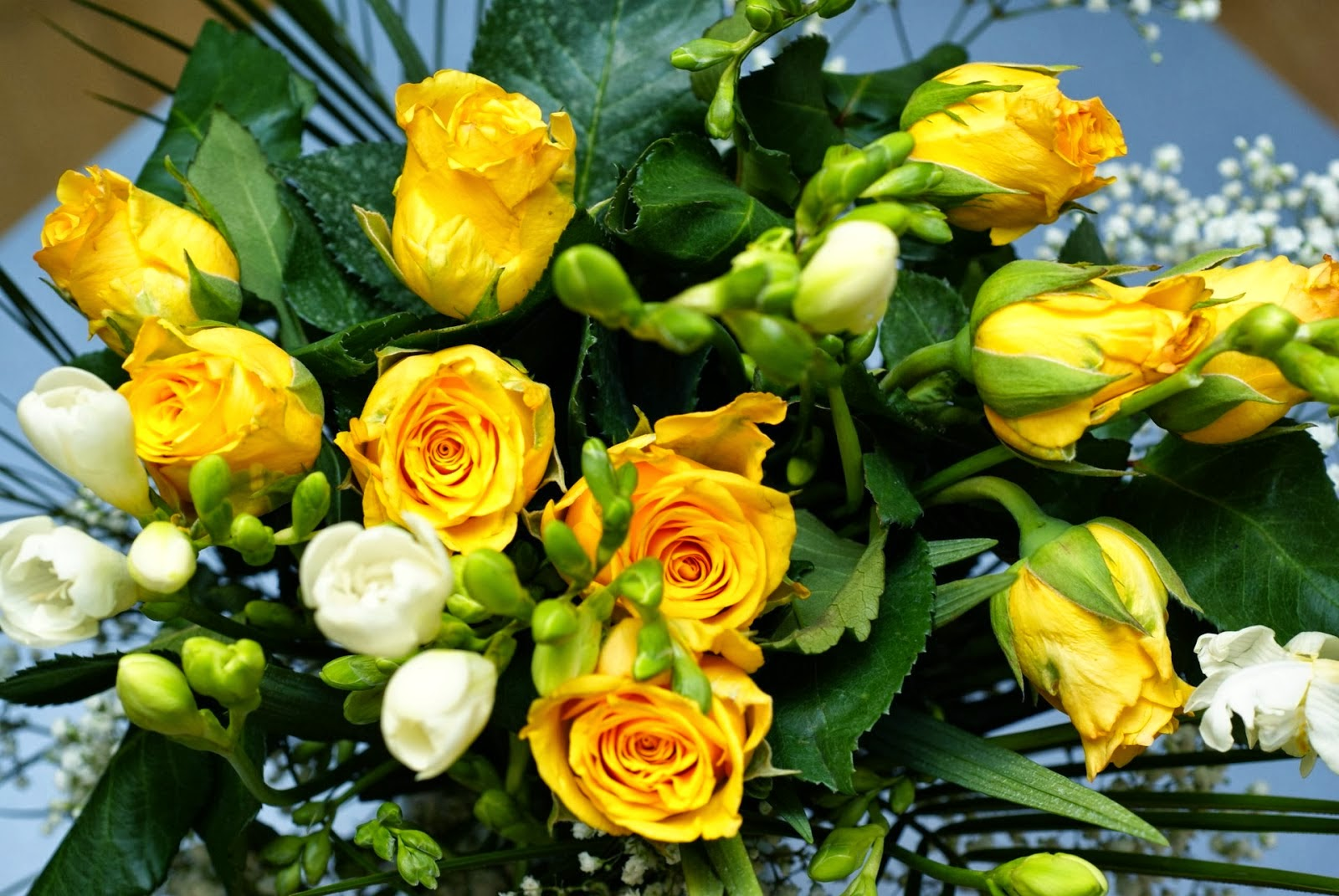 Yellow flowers bouquet http refreshrose spot