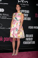 Olivia Munn wearinga  floral print dress