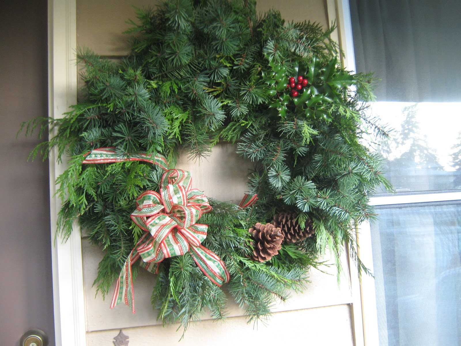 Simply resourceful how to make a christmas wreath for How to make christmas door wreaths