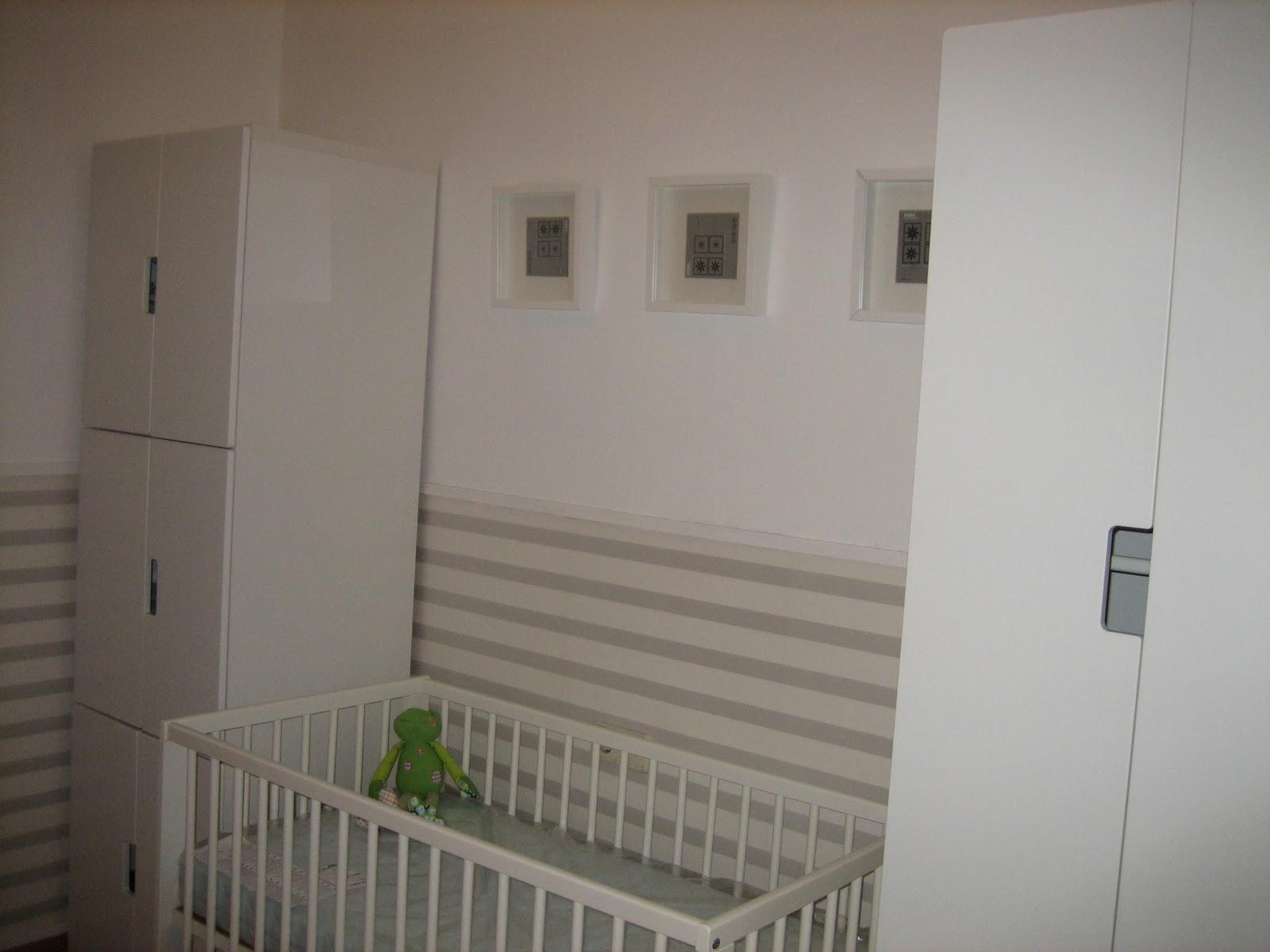 Baby deco febrero 2011 - Poner papel pared ...