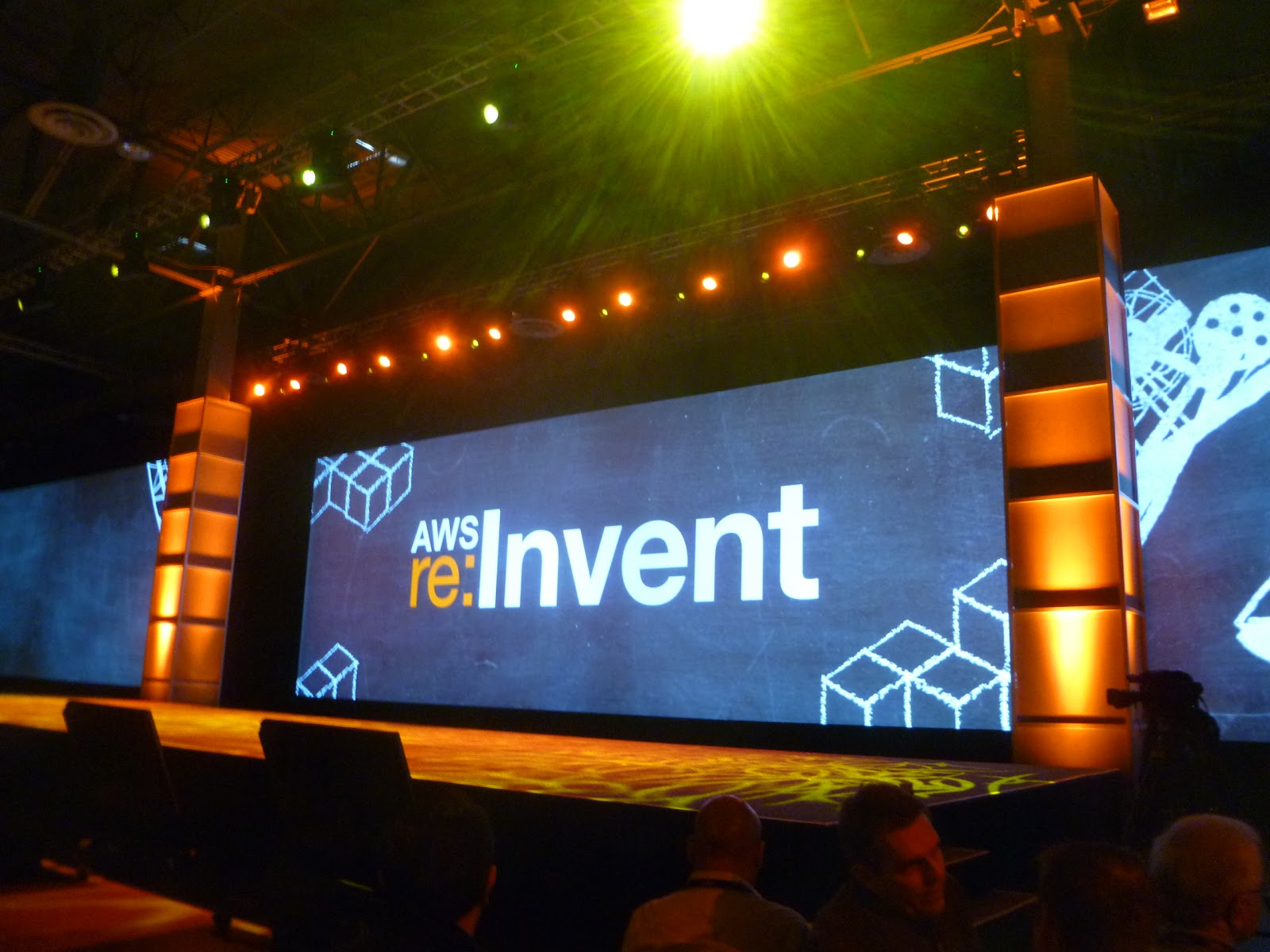 amazon-web-services-re-invent-blog-domenech-org