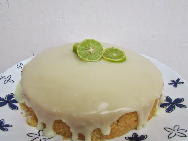 LEMON CAKE WITH FROSTING