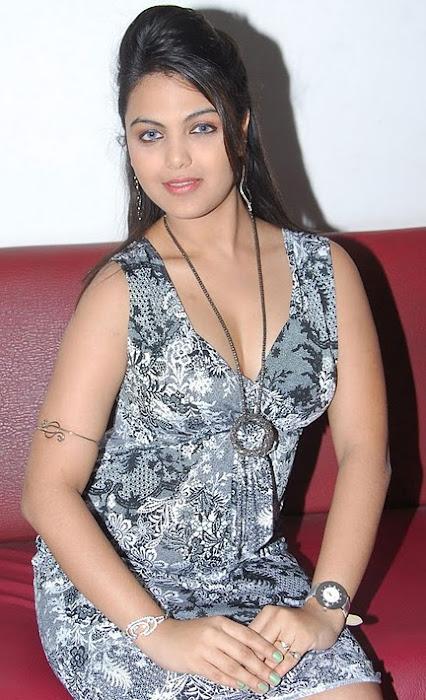 priyanka tiwari photo gallery