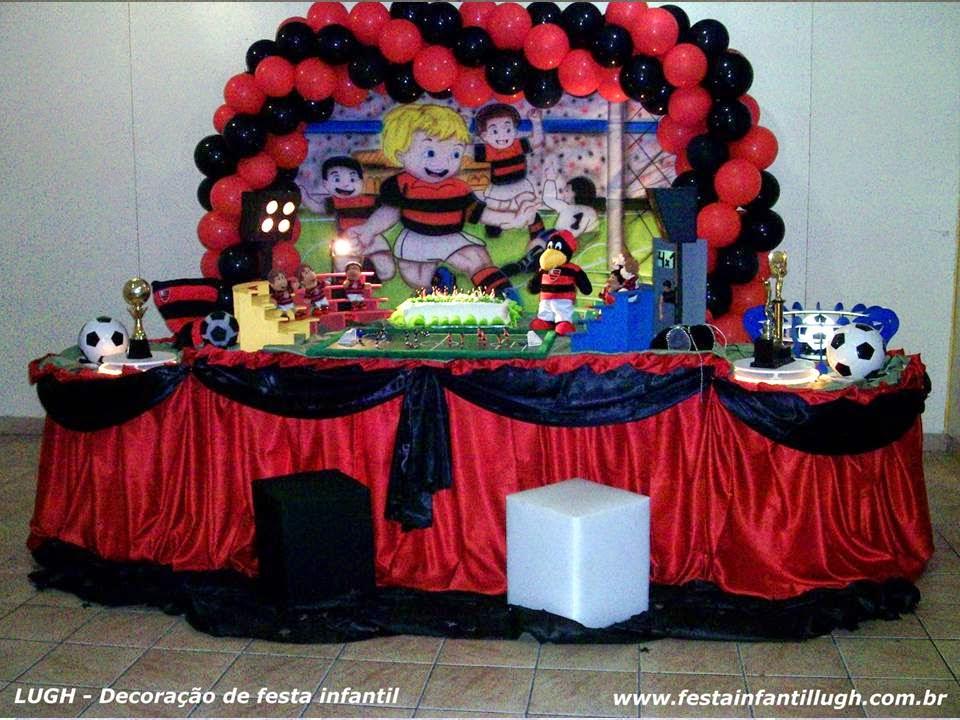 Tema Flamengo para decoração de festa infantil.