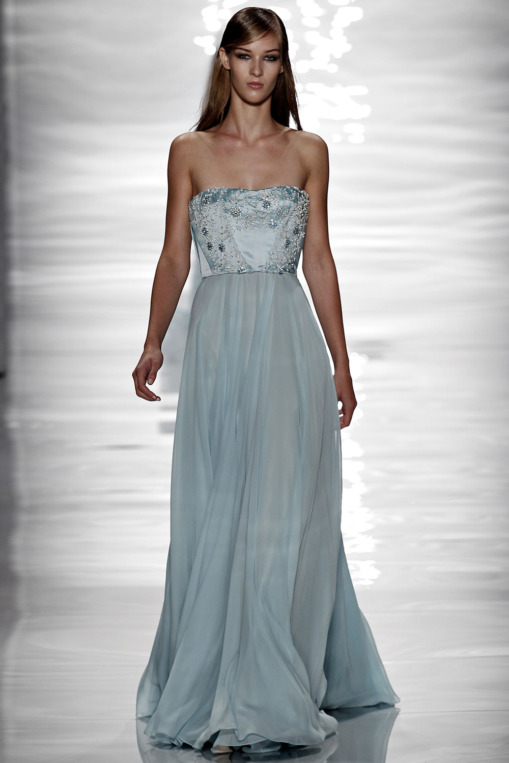 Pantone Colour Report Spring 2015 trends / aquamarine / how to wear aquamarine / outfit ideas / fashion collections S/S 2015 / Reem Acra Spring 2015 / via fashioned by love british fashion blog
