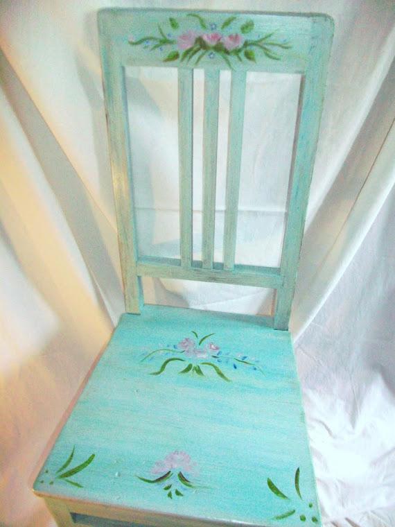 La bottega della ste decorazioni trompe l 39 oeil for Sedie decorate a mano