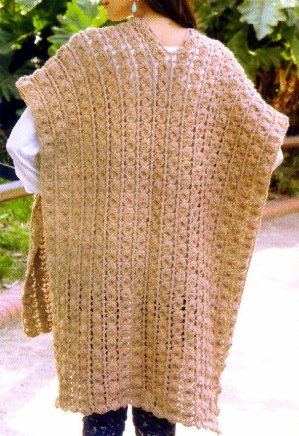 poncho chic tejido en crochet (espalda)