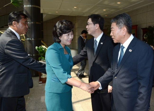 Encuentro entre delegaciones de Corea del Sur y Corea del Norte en el Panmunjeom