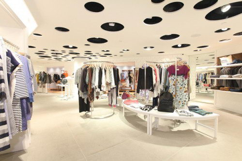 I.T. Hysan One Department Store Design, Hongkong, Unique Ceiling, Dept Store Design, Departement Store Design, Interior Design, Store Design, Architecture, Contemporist Store Design, Contemporist Design